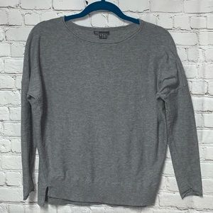 Vince light cotton gray sweater size small